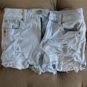 American Eagle woman's distressed jean shorts
